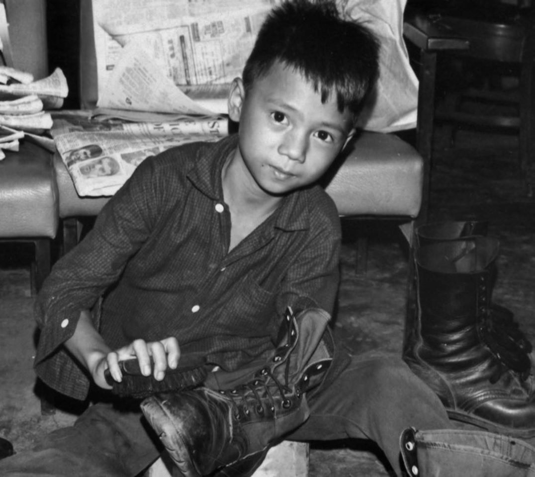 leyen.life - truyện cậu bé đánh giày